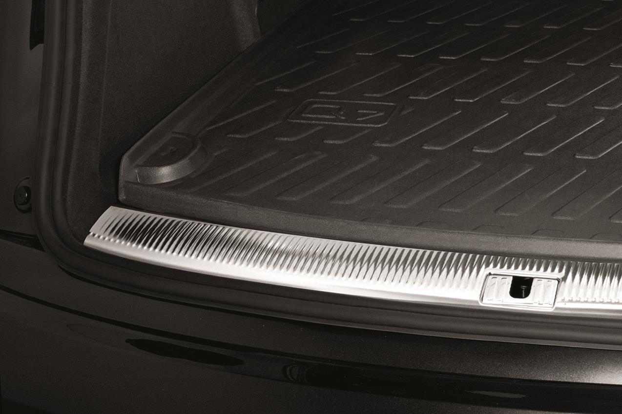 Audi Q7 All Weather Cargo Mat Third Row Upright